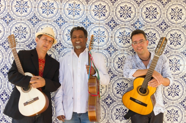 Miltinho Edilberto, Fernando Sodré e Pereira da Viola marcam a presença da viola na música universal